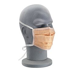 Mannequin wearing fluid protect facemask.
